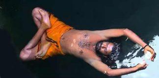 sidhar floting in water