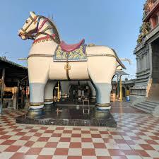 Navaladiyan temple horses