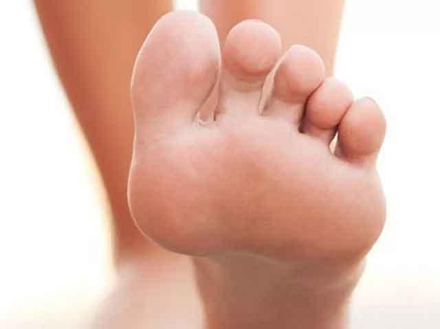 foot-fingers1