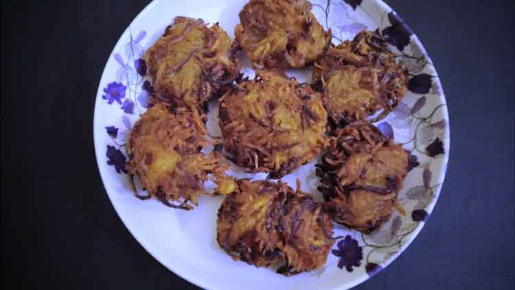 potato-onion-vadai
