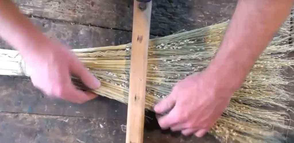 broom-thudaippam2